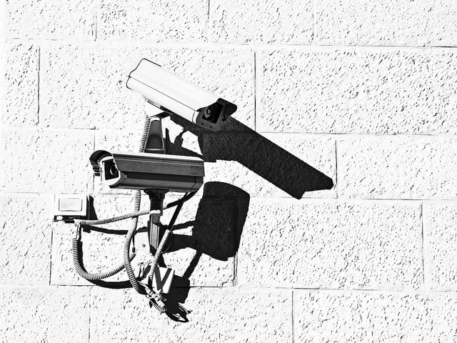 Can Wireless Cameras Work Without Internet? (A Must Read)