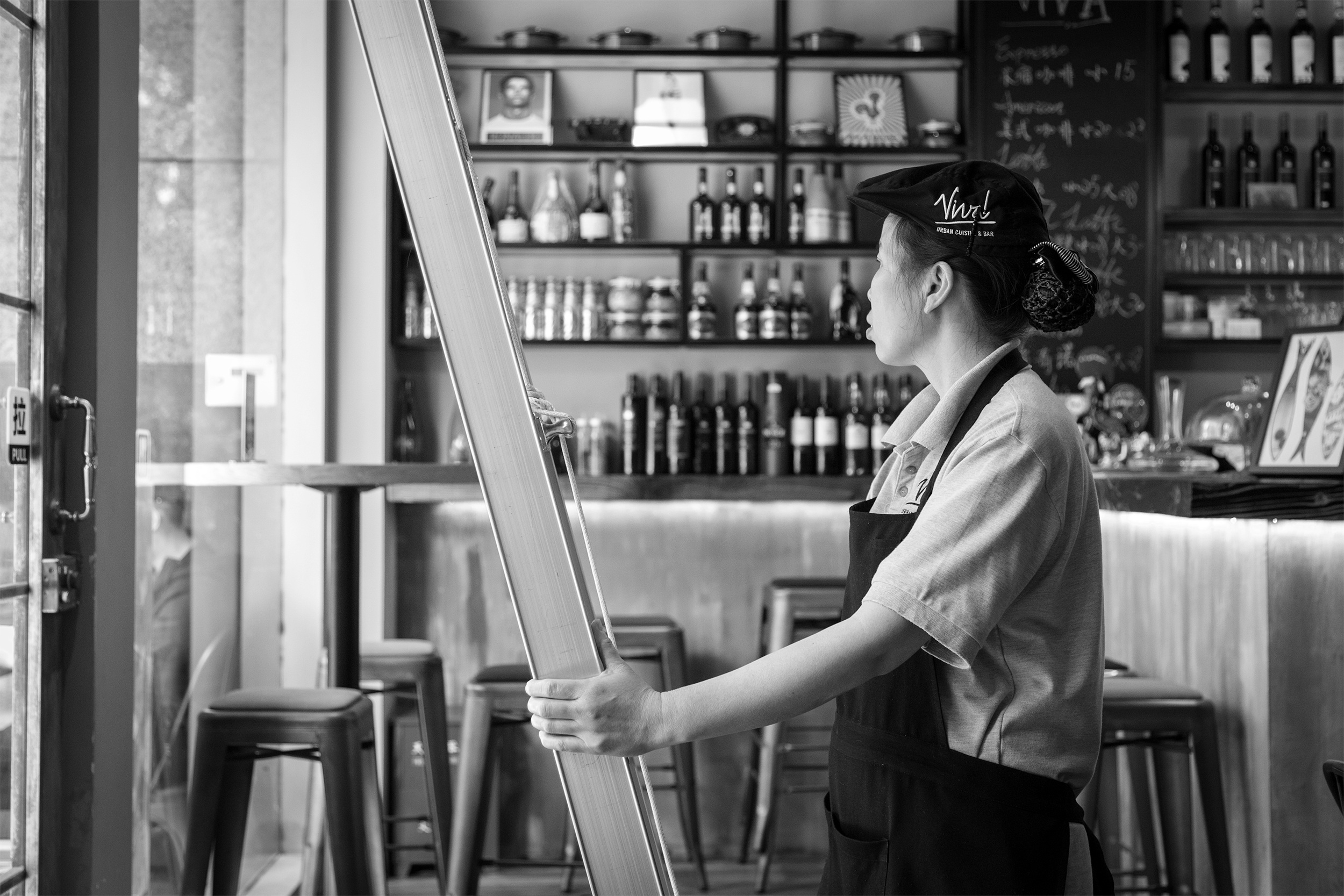 How to Catch and Avoid Employee Theft in Restaurants (Revealed)