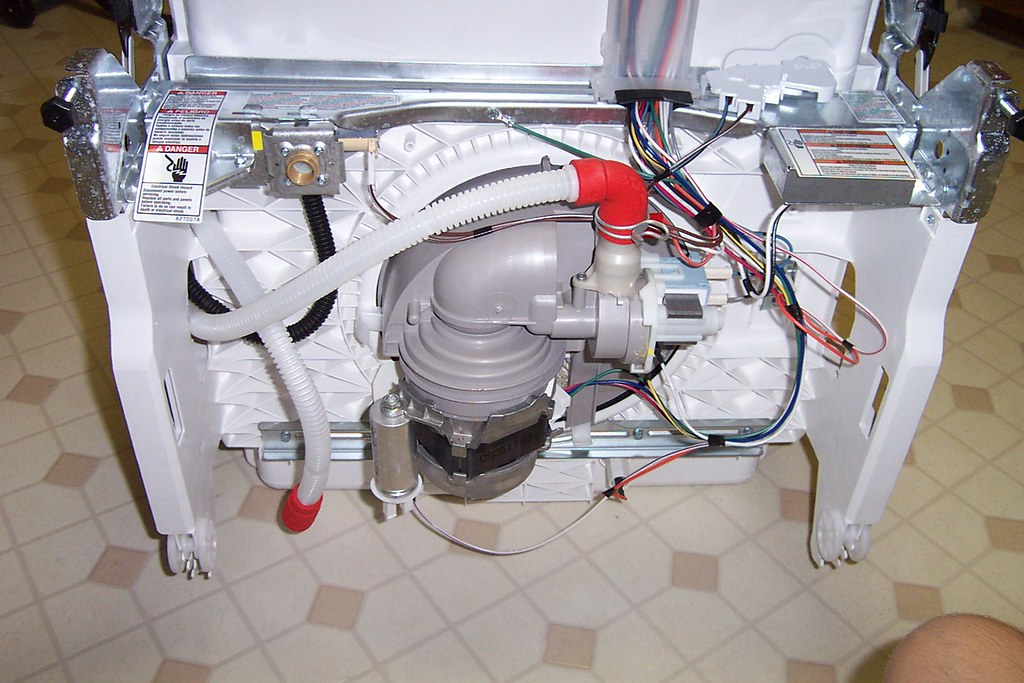 How To Drain A Dishwasher – (Easy Ways) to Fix  a Common Problem